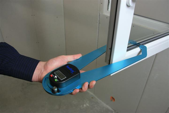 vastagságmérő digitális