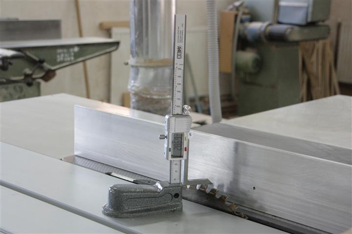 digitális magasságmérő